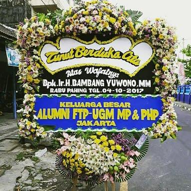 Bunga Papan – 1.800.000